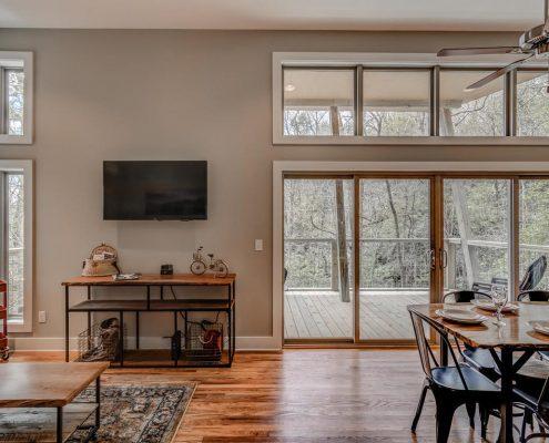319 Gateway Junction Dr - living room