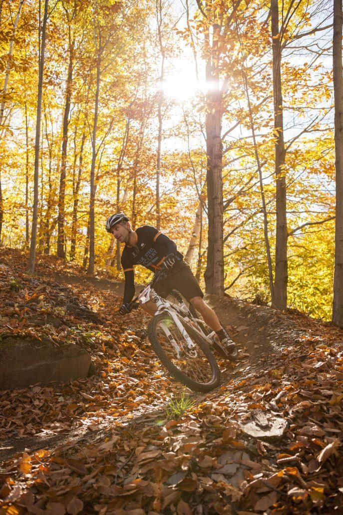 mountain-biking-01