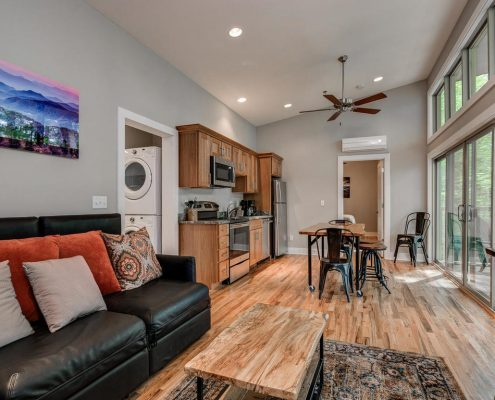 118 Wilderness Trail Rd - living room